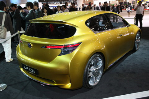 Lexus LF-Ch Impresses in Tokyo - malaysia automotive, car accessories, car brand and car models, malaysia car racing, malaysia f1, malaysia car classified