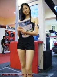 showgirl003